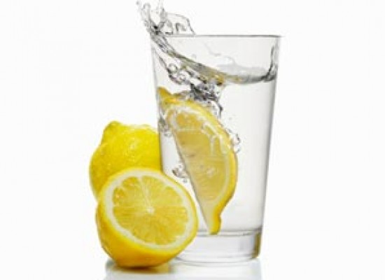 Benefits of Hot Water and Lemon for Weight Loss in Urdu