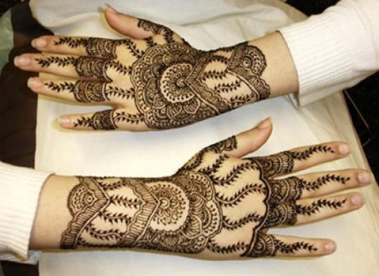 Arabic Hand And Foot Mehndi Design