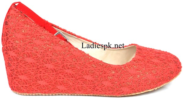 Women's-Pumps-Pink-red-Metro-Shoes-New-Arrival-2014-2015-Winter-Collection-with-Price-Facebook-PKR-1595