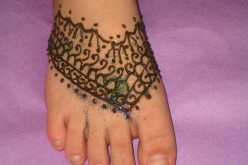 Simple Bridal Foot Mehndi Designs