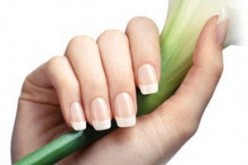 Natural Nail Care Tips For Men and Women