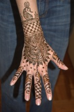 latest mehndi design 150x226 Fancy Hand Mehndi Designs For Women